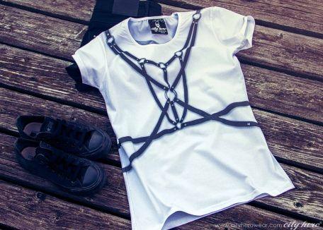 """PORTOUPEI"" #cityhero #tee #teeshirt #tshirt #blackandwhite #bw  #leather"