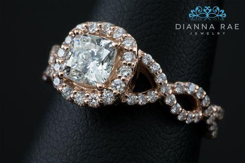 001-02512-001_Custom Rose Gold Engagement ring with Cushion Diamond_Detail.jpg