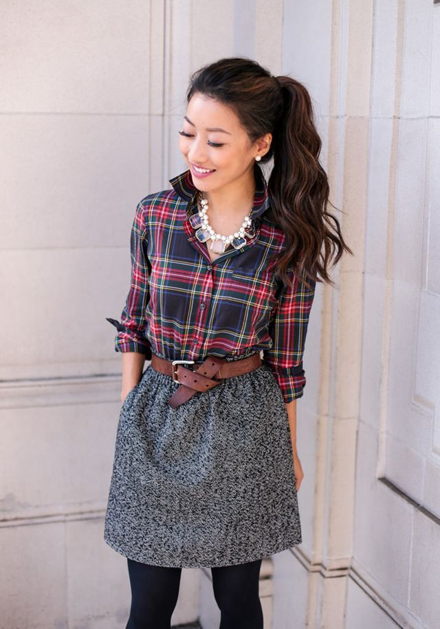 J.Crew Factory schoolboy blazer 00p, plaid shirt xxs, sidewalk skirt 00 (more colors)crystal cube necklace (2 colors), pearl cluster necklace As temps continue to dip, I wanted to share another holida