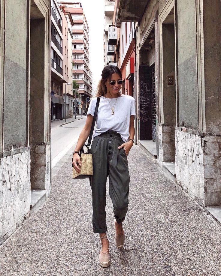 Wunderschöne 43 Casual Chic bis Sommer Outfit 2019 Sieht toll aus vattire.com /…