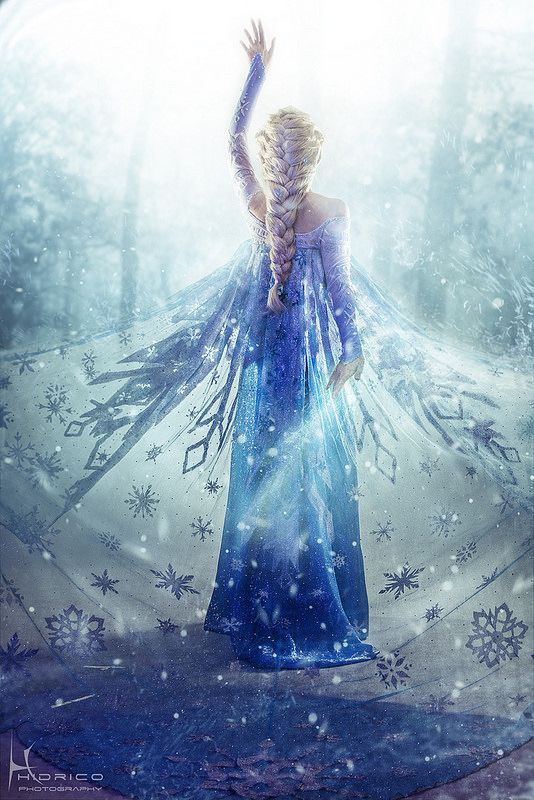 Queen Elsa from Frozen, Cosplay by Yurai