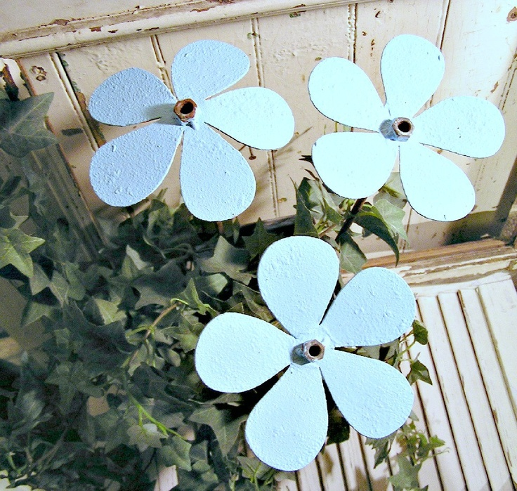 Items Similar To Metal Flower, Set Of Garden Art, Plant Stake, Assorted  Colours Available On Etsy