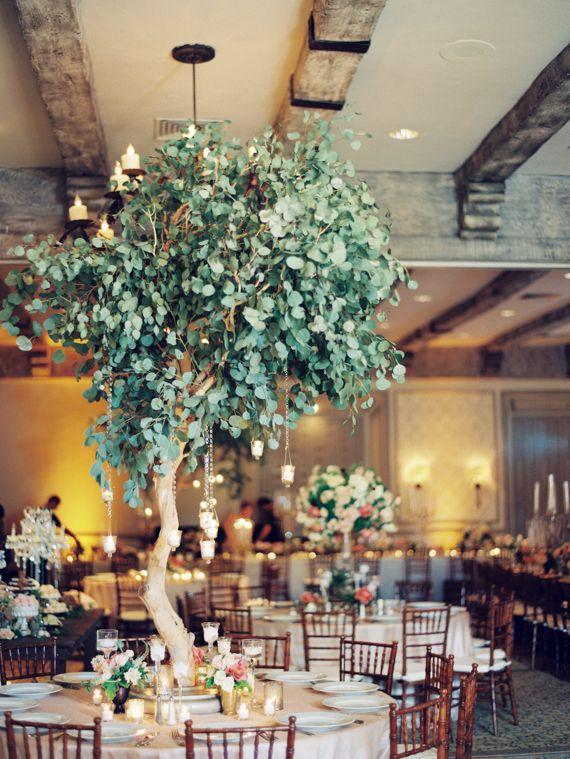 Eucalyptus wedding decor | Photo by Ashley Kelemen | Flowers by Blush Botanicals | Read more - http://www.100layercake.com/blog/?p=79005