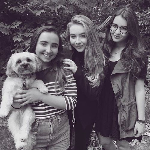 Sabrina Carpenter and Her Sisters Pose With Their Family Dog ...