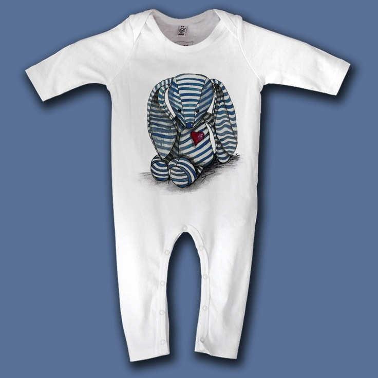 blue love bunny  Baby organic jumpsuit.    High quality garment decorated with original design in limited edition.    100% certified organic cotton.    interlock 200 g/m2    29,00 €
