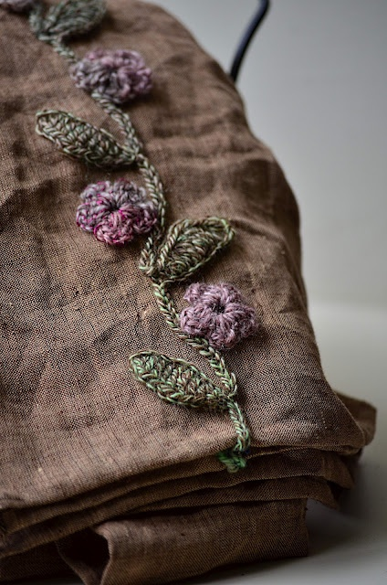 Sweet crochet embroidery on a linen scarf. @Amy Lyons Lyons Lyons Lyons Lyons Peacock this would look equally good embroidered on linen for a scarf