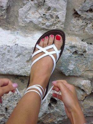 New Arrival Women Casual Sandals Black Solid Ankle Strap Flat Summer Slipper Sandles  www.essish.com