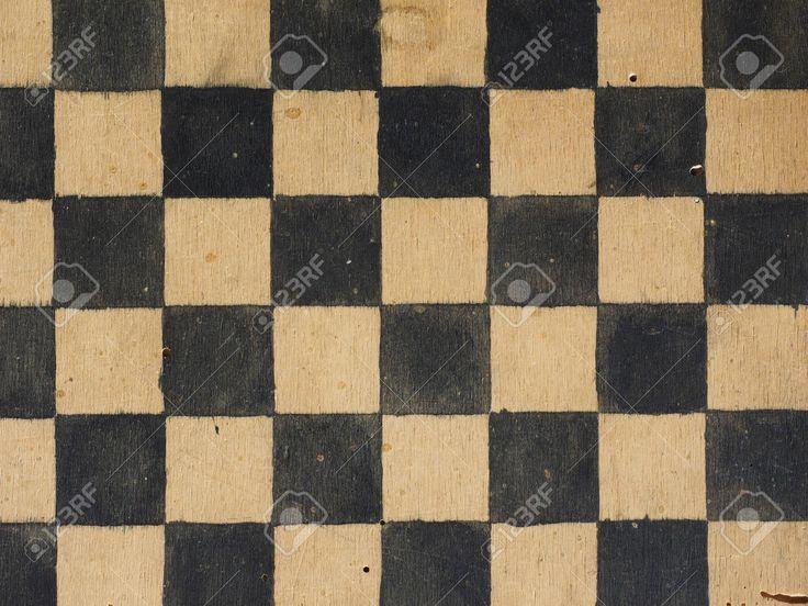 Gioco Da Tavolo Di Legno D'epoca Per La Riproduzione Di Dama O Checkers Foto Royalty Free, Immagini, Immagini E Archivi Fotografici. Image 51406884.