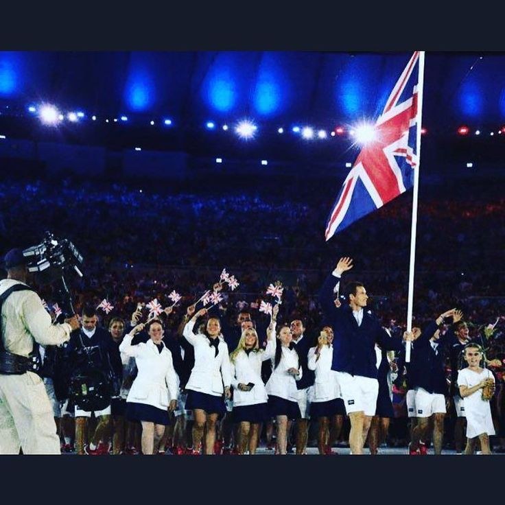 British national flag- Murray!  #rio #andymurray #rio2016 #British #olympics #brazil #uk #tennis #tennisball #countdown #roadtorio #timebrasil #brasil #football #brasilfootball #rionews #rioexpress #expressnews #sportsnews #instanews #instasports #tbt #like #follow #2016olympics #competition #schedule #Rumba #espanol
