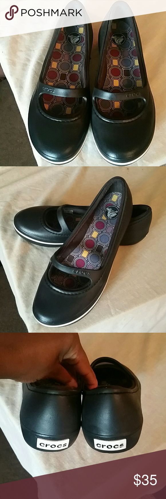 Women's Crocs Black & White women's crocs. Very comfortable shoes. Worn only once CROCS Shoes