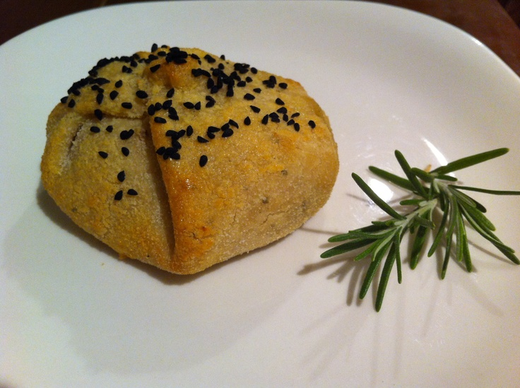 Gluten Free Mince Pastry made with green lentil flour & rich in protein.