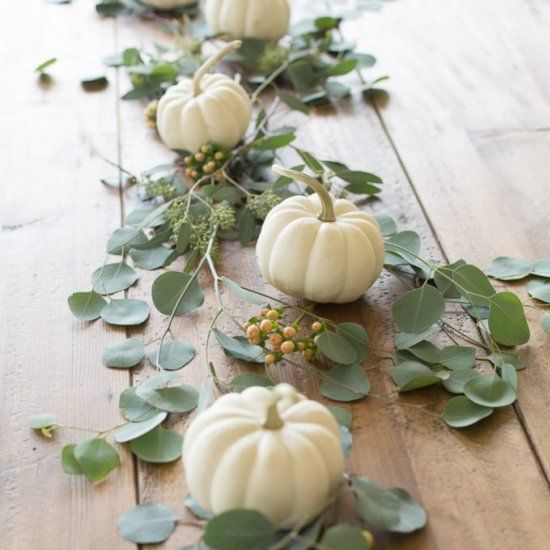 Easy 5 minute fall flower arrangement for Thanksgiving and fall entertaining.