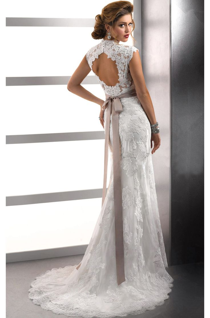 queen wedding dresses best 25 neckline ideas on halter 6933