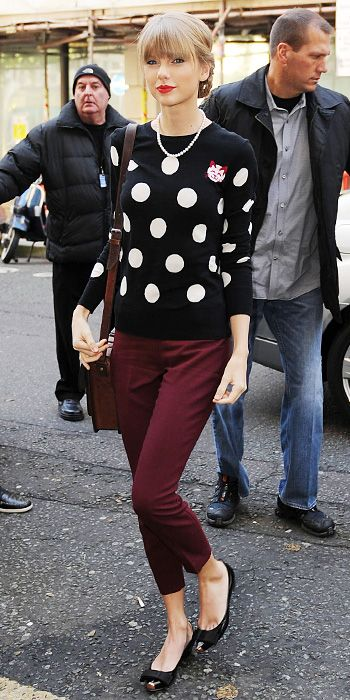 The Secrets to Taylor Swift's Street Style Success - 2. Her Favorite Prints from #InStyle