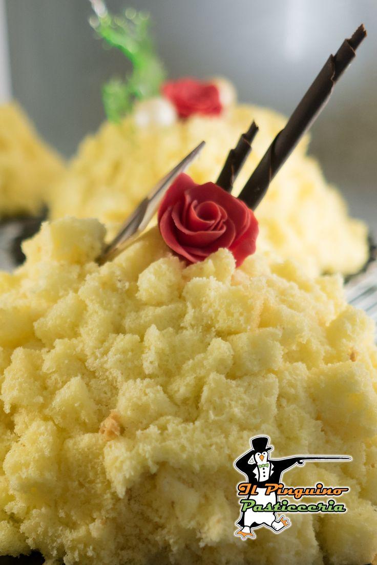 Auguri a tutte le donne del Mondo da tutto il nostro staff... Le nostre mimose vi aspettano... #festadelladonna #8marzo #ottomarzo  #cake  #torta #cibo #cibosano #pasticceria #gelato #gelateria #pasticceriaitaliana #pastry #pastrychef #dessert #desserts #food #foods #dessertporn #cake #foodgasm #foodporn #delicious #foodforfoodies #instafood #chocolate #icecream #instafoodies #zuccotto #mimosa #auguri