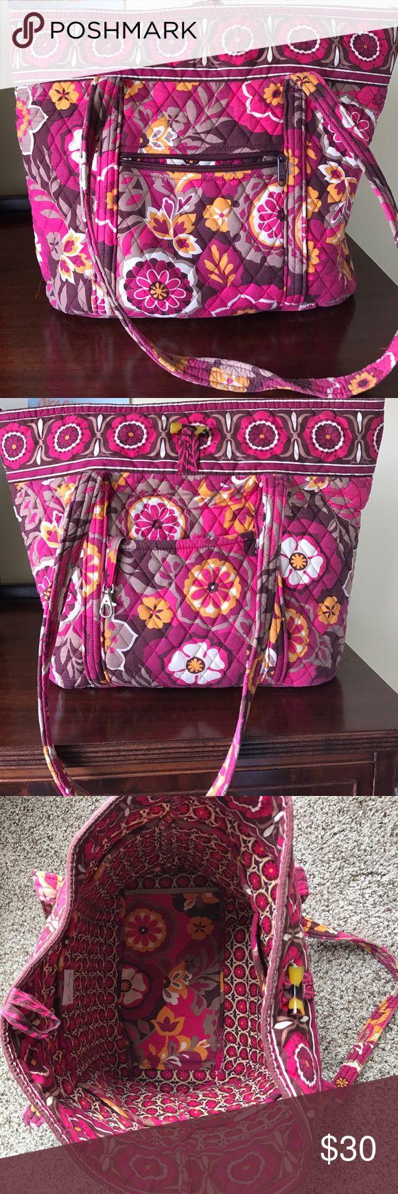 Vera Bradley Tote Bag Excellent condition! Vera Bradley Bags Totes