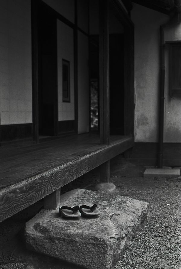 a porch of a Japanese old house by Nobuo Furuhashi, via 500px