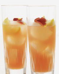 Tennessee Rose:  whiskey, grapefruit, lemon, creme de cassis