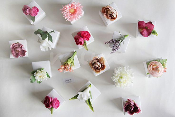 Çiçekli kutuda nikah şekeri - mirabonbon / Nikah şekerleri - nişan şekerleri - Wedding favors Nikah şekeri, nikah şekerleri, wedding favors, nişan şekeri, kına hediyesi, kına şekeri, hediyelik, doğum günü, bekarlığa veda, mint lovers, mint pink, pink & mint, pembe mint, çiçekli, gelin çiçeği