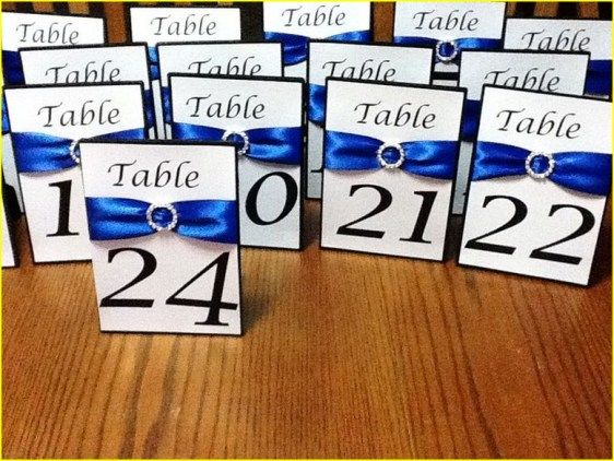 Silver and blue wedding decorations 00240