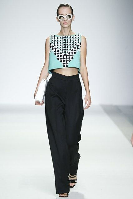 I want these pants for spring! http://www.vogue.co.uk/fashion/spring-summer-2015/ready-to-wear/holly-fulton/full-length-photos/gallery/1240882