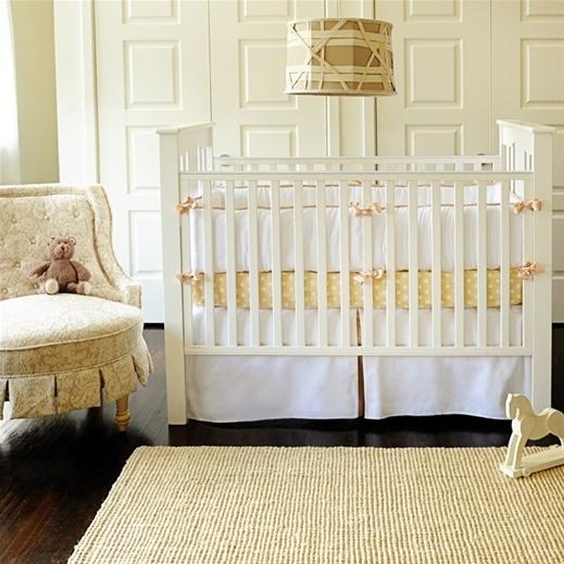 neutal nursery, beautiful bettingPolka Dots, Baby Beds,  Cot, Cribs Beds, Baby Boys, Baby Room, Neutral Nurseries, Nurseries Ideas, Baby Cribs