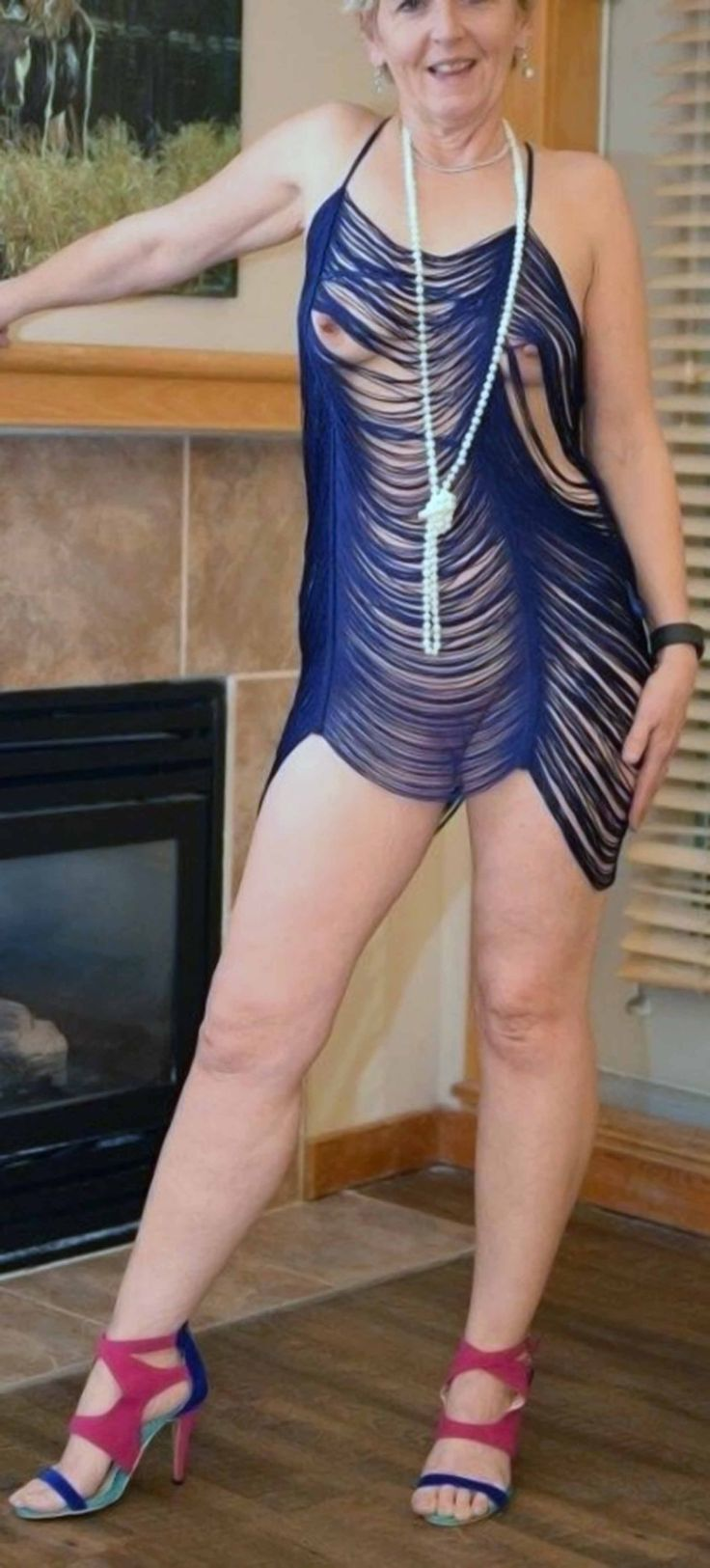 young skinny woman looking for man older 40 for relationship Do men like fat women a skinny student and so to find out if men like fat women, i created two identical online dating profiles of me size 18 and size 10 to.
