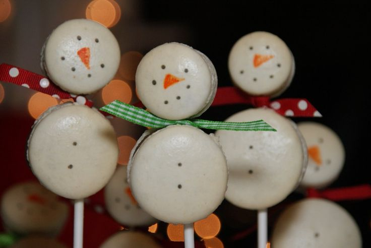 Day 12 - Snowmen Macarons