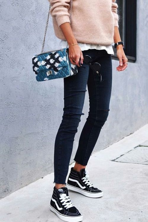 The best sneaker outfits for women