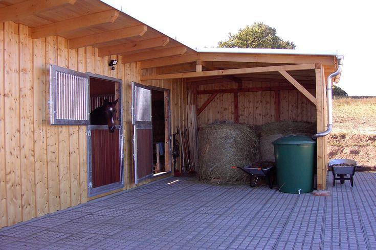 rain barrel- nice layout for the corner of the barn
