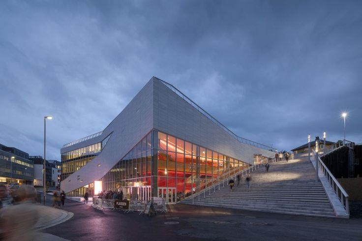 Plassen Cultural Center / 3XN Architects