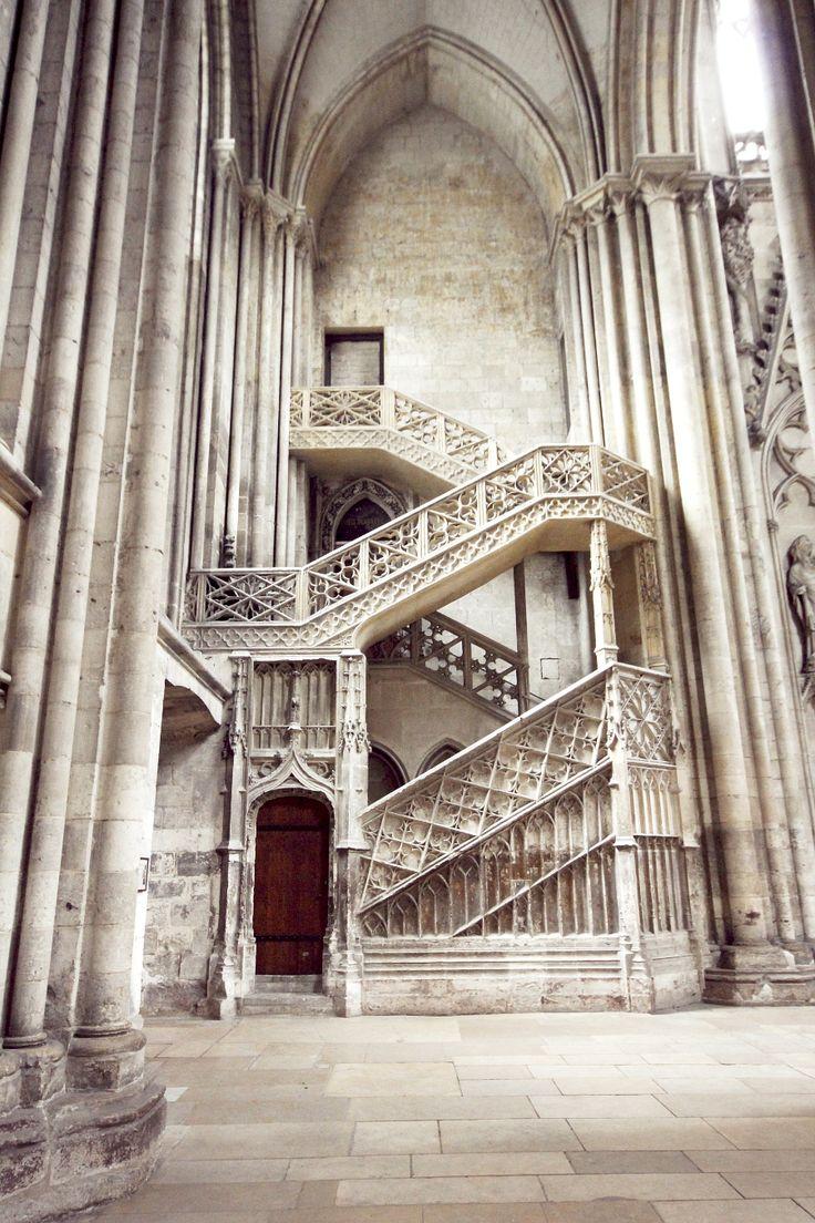 antonioedsoncadengue: Rouen Cathedral http://tutoyerlesanges.tumblr.com/archive