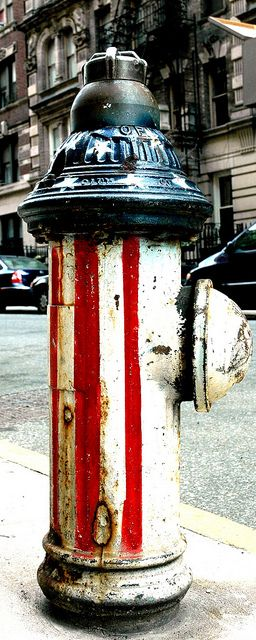 PATRIOTIC FIRE HYDRANT NYC - I love that they painted this fire hydrant in patriotic colors.