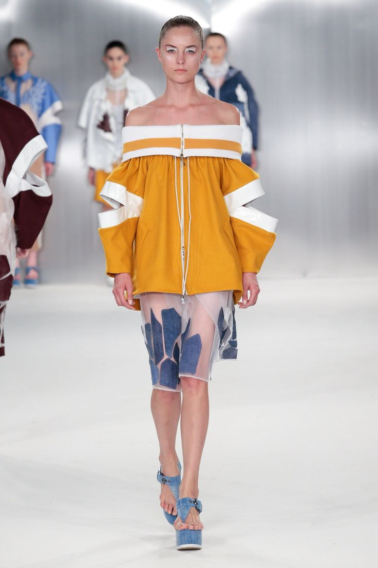 De Montfort University Spring/Summer 2015 Ready-To-Wear Collection