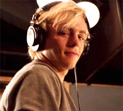 Gorgeous Ross Lynch