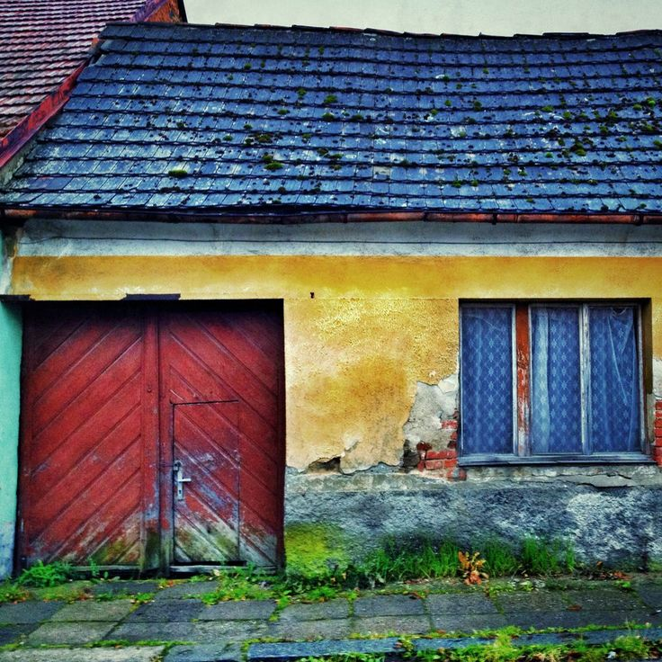 Old house by Roman Rogner on 500px