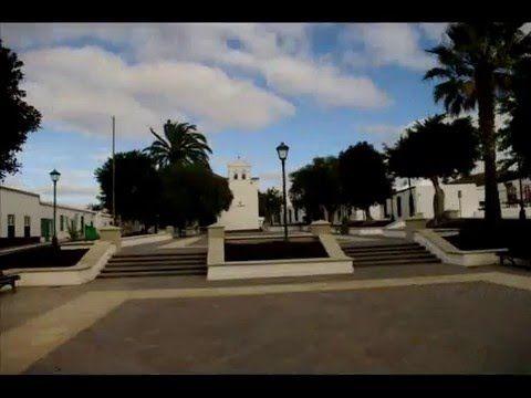 Fotos de: Islas Canarias - Lanzarote - arquitectura - pueblos con encanto