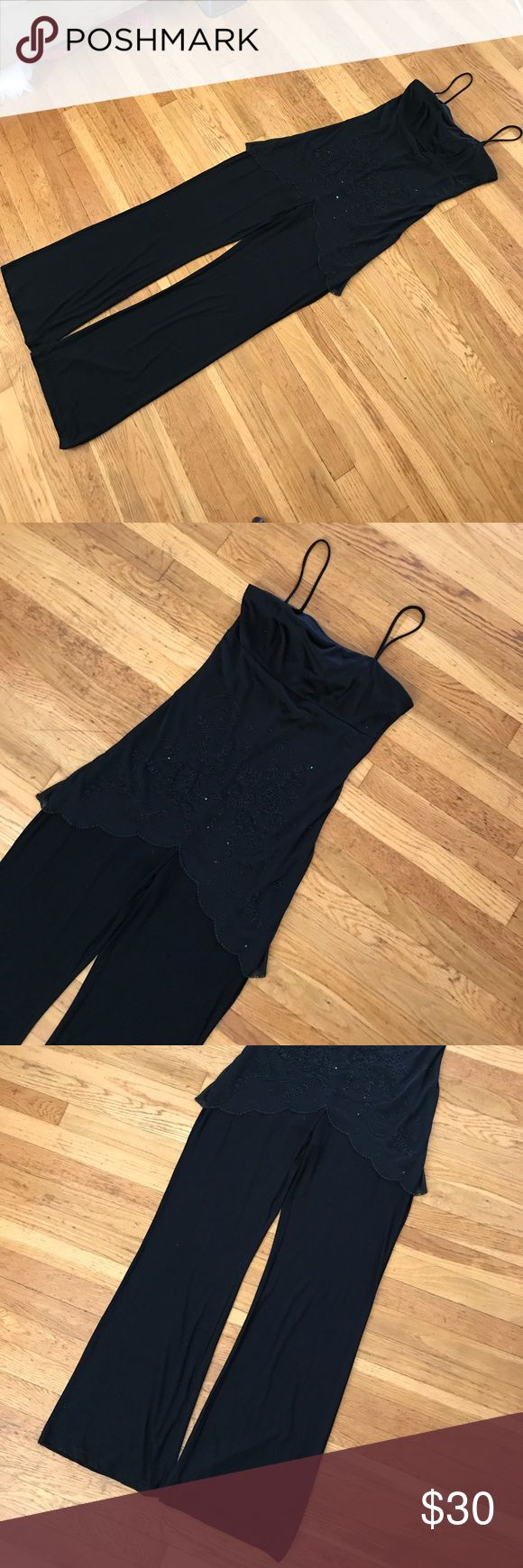 Black jumpsuit ! 🖤🖤 This jumpsuit is perfect for any woman that wants to look great, while being comfortable too ! Has very detailed beading in the front . Spaghetti straps for simplicity. This will show off your collar bones ! 🖤since it's black it will also Elongate your legs girls only Pants Jumpsuits & Rompers