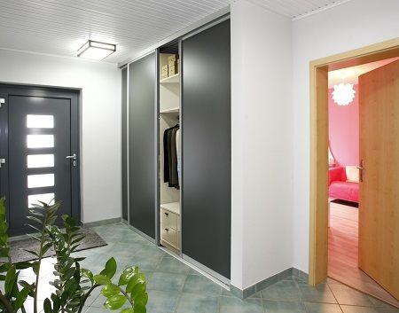 die besten 25 einbauschrank garderobe schiebet r ideen auf pinterest einbauschrank ohne t ren. Black Bedroom Furniture Sets. Home Design Ideas