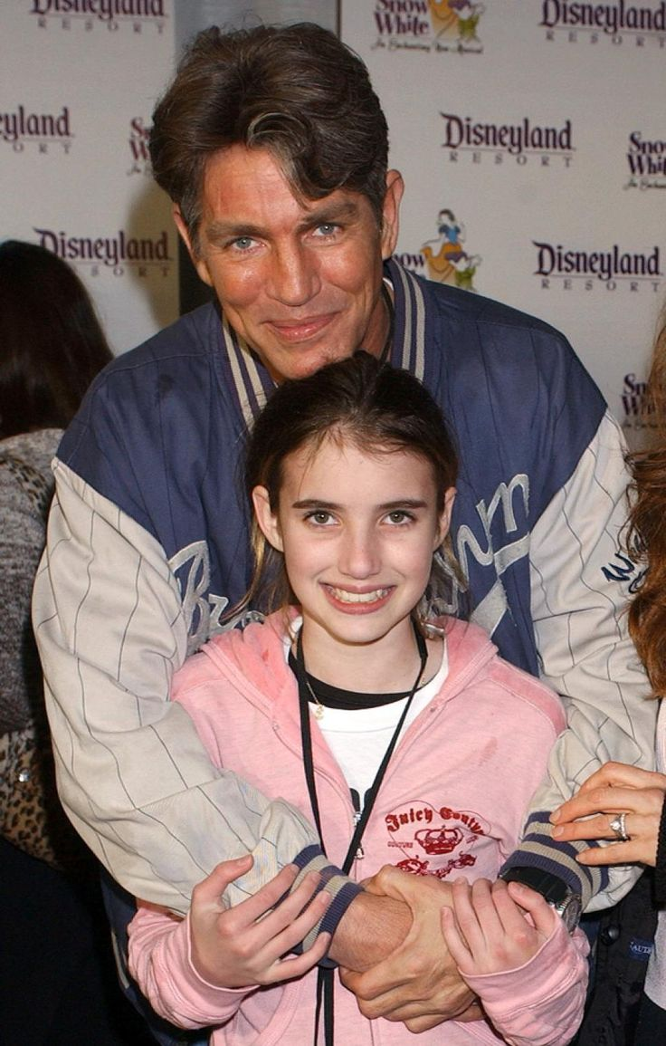 A young Emma Roberts with her Dad actor Eric Roberts.