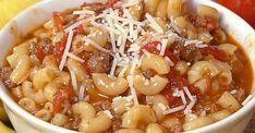 Une soupe d'hiver parfaite aux macaronis, boeuf et tomates