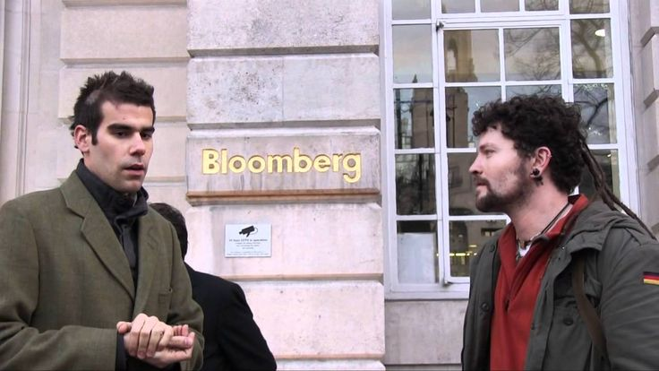 Bloomberg Security Try to Stop Occupy Interview - and Fail (Charlie Veitch)