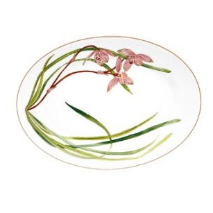 What? Hermès produces home decor? Now I will be forever poor. Hermes Jardin des Orchidees Oval Platter