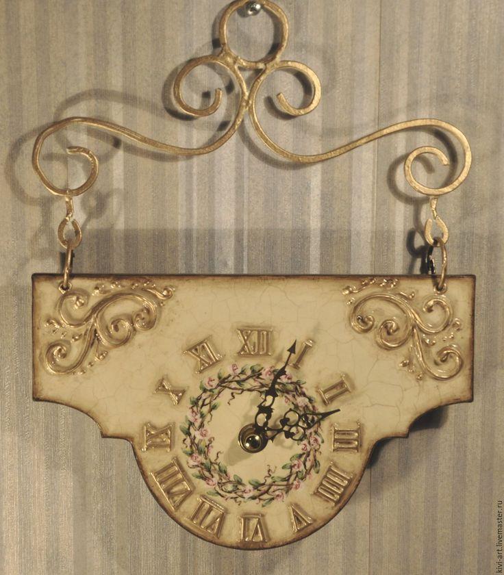 Ки-Ви(Кисель Вероника) Часы с ручной росписью на фигурном подвесе