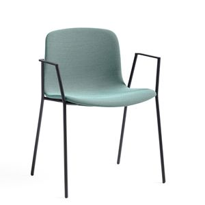 About A Chair stol by Hee Welling Producer : HAY (DK)