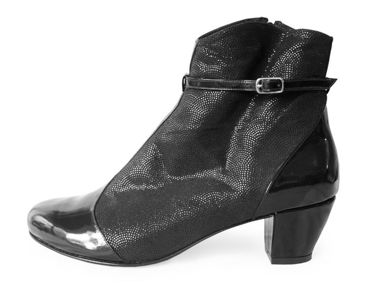 Fashion Shoes In Black Patent Leathershoes