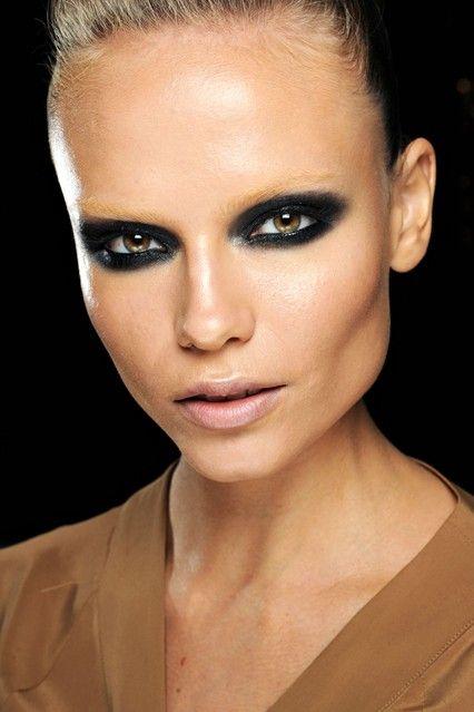 Gucci Bahar 2012 Make-Up (Vogue.com UK) On Pat McGrath