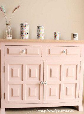 DIY: Crea un zapatero nórdico Diy Furniture Building, Painted Furniture, Ikea Furniture Hacks, Furniture Refinishing, Ikea Hacks, Mobile Workbench, Annie Sloan Chalk Paint, Creative Home, Shabby Chic Furniture
