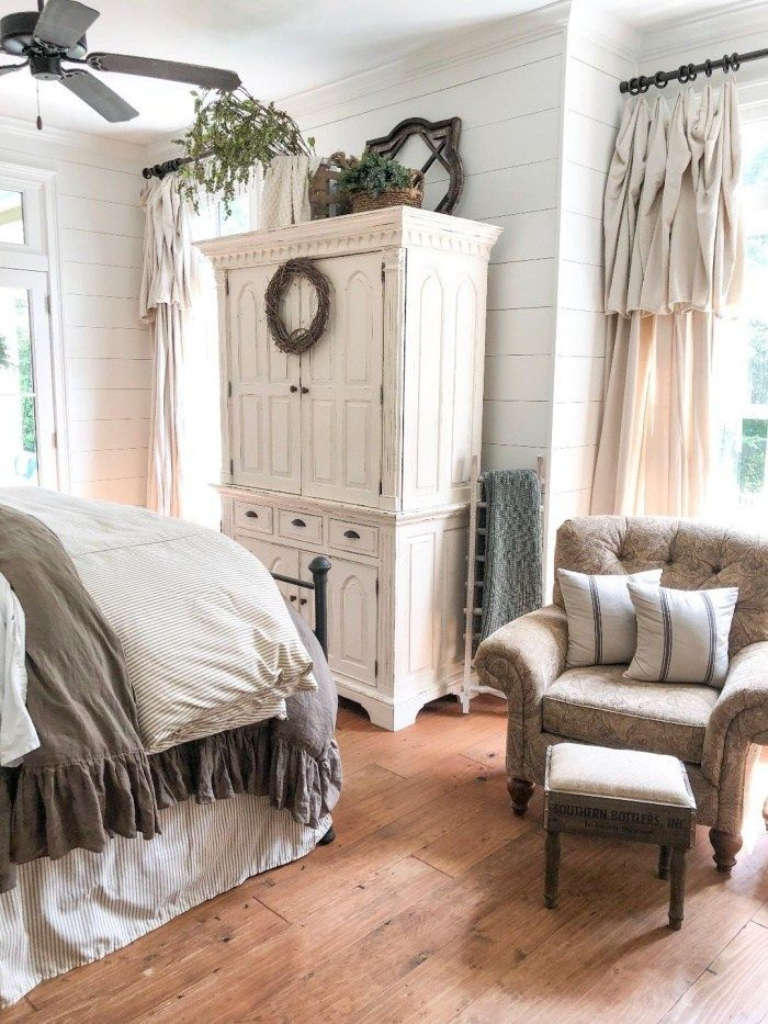 Feature Friday: Big Family Little Farmhouse – Southern Hospitality