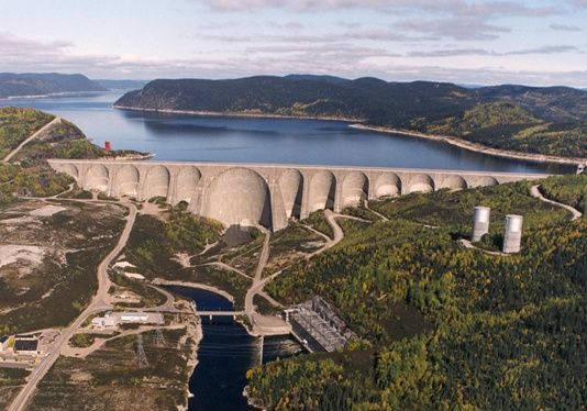 Manic-5 hydroelectric complex Baie-Comeau